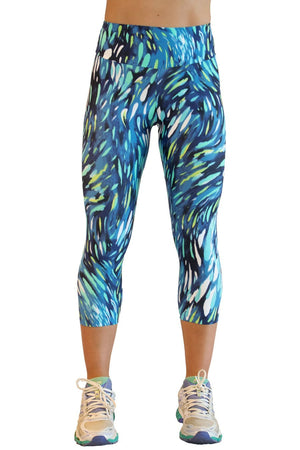 Coral Light Capris - women yoga clothes beBrazil