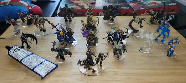 Mage Knight figures on LITKO Clear Miniature Bases (image courtesy Gregg H.)