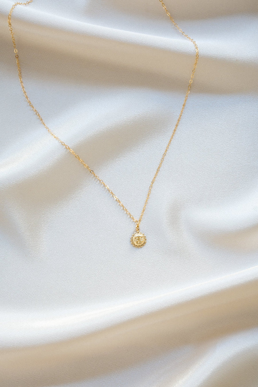 Sun Worshipper Necklace Gold