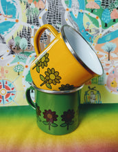 Enamel Mug - Green with Brown Daisies