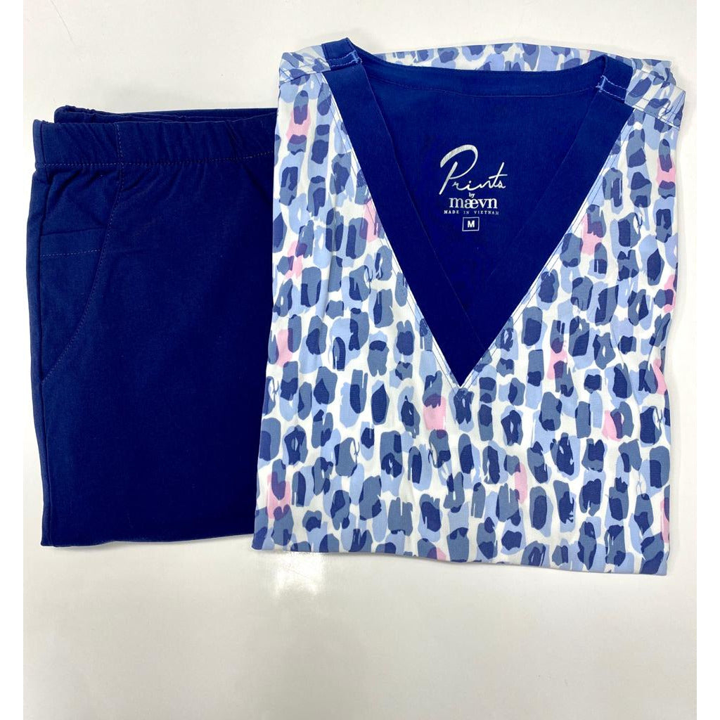 SET* V-Neck Print Top 1727 Watercolor Cheetah & 390 FIT Cargo Navy Pant *CLEARANCE SALE*