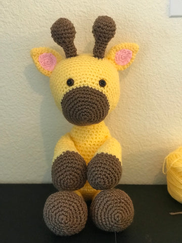 Giraffe cuddle toy