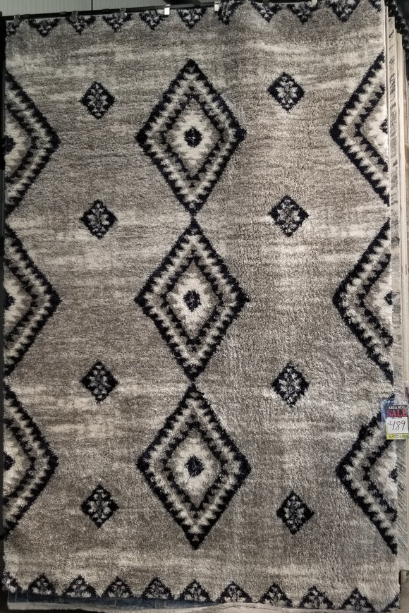Area Rug Approx 8'x11'