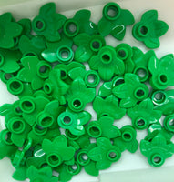 LEGO Bright Green Leaves Pack of 50  BRAND NEW