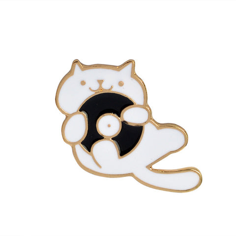 Vinyl Cat Pin - Tumblr Pins and Patches - Peachy Pins