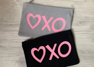 XO Makeup Bag | by Freckle Clothing