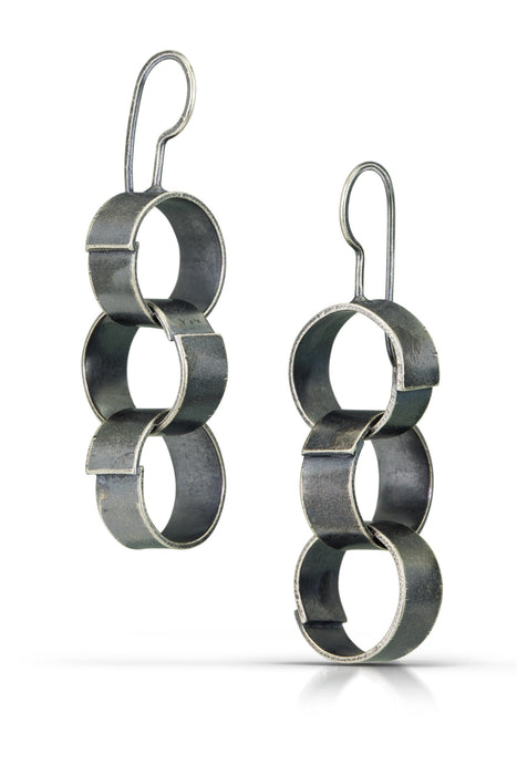 Paper chain earrings, triple small link