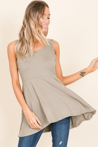 Sleeveless V-Neck - Olive