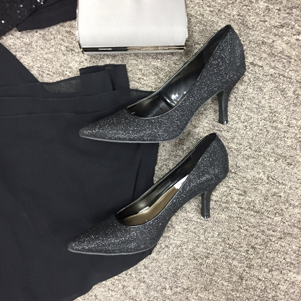 Fioni Pumps