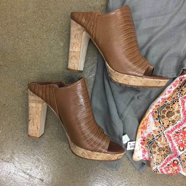 Donald Pliner Wedges, Size 10