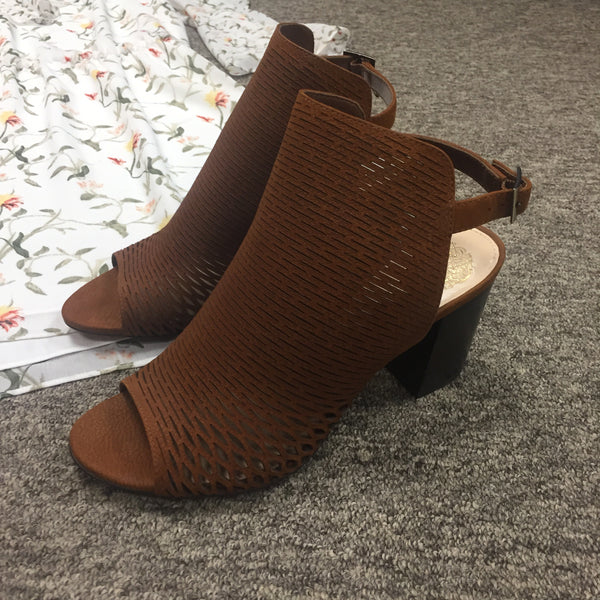 Vince Camuto Shoes, Size 8