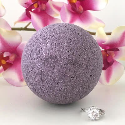 Love Potion Ring Bath Bomb