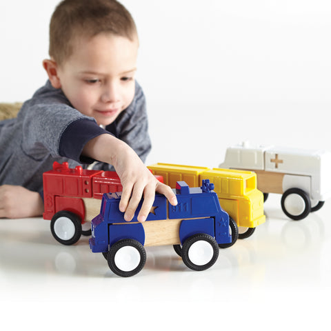 Block Mates Community is designed to enhance the original principles of block-building. Ages 3+