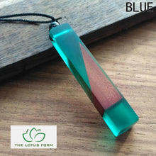 Wood Resin Necklace (6.5 cm Pendant)