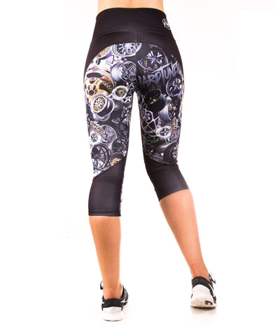 Booty Kicks Wheel Capri Leggings