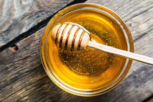 Raw honey contains probiotics that boost the immune system