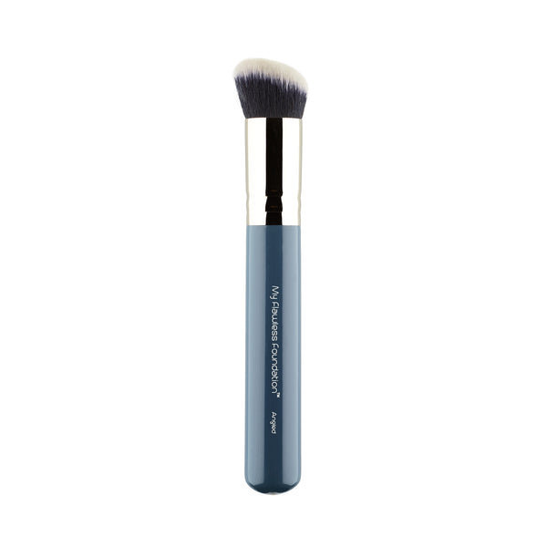 0.7 My Flawless Foundation Angled Brush