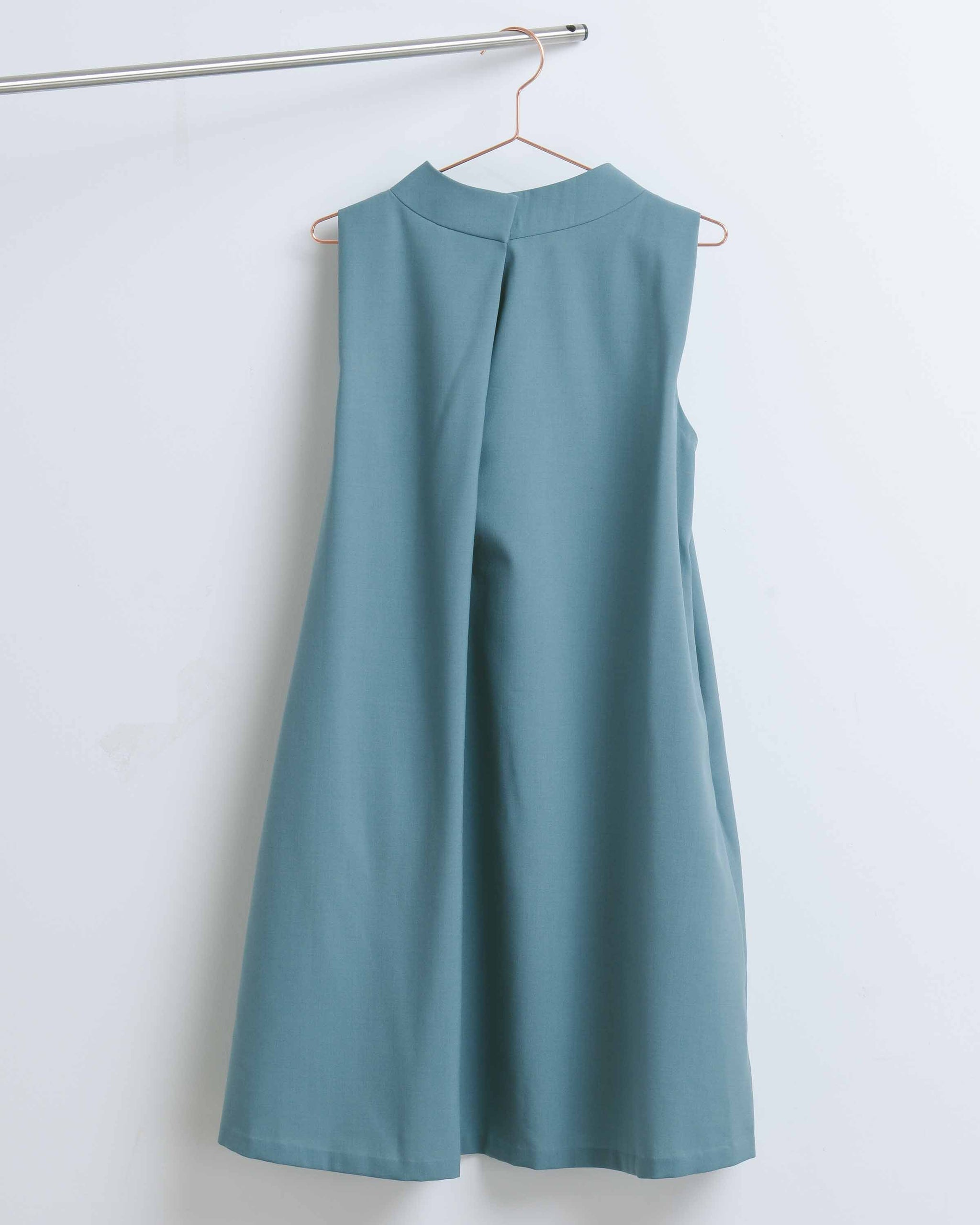 Blue Green Vase Pleat Dress