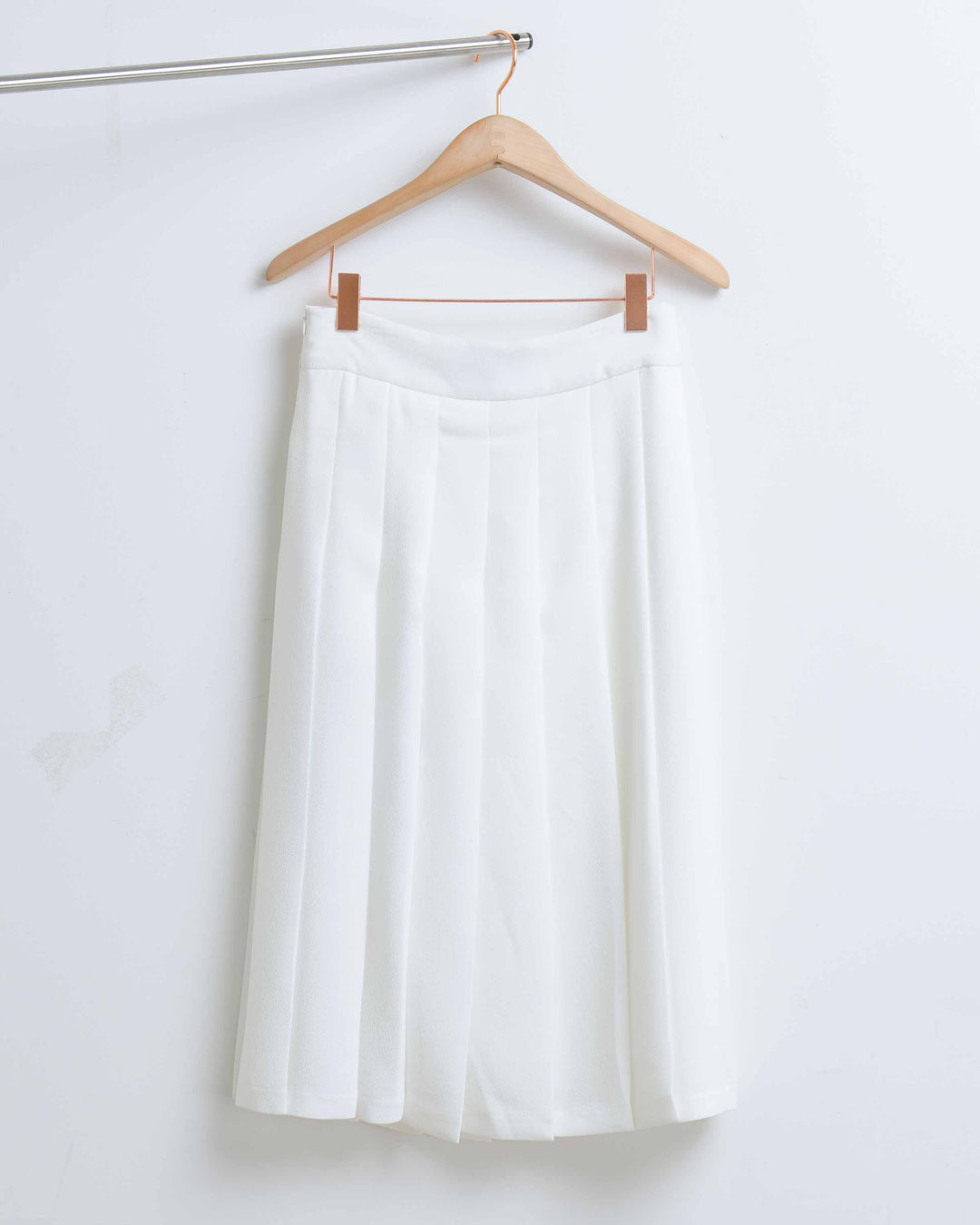 White Midi Pleated Skirt