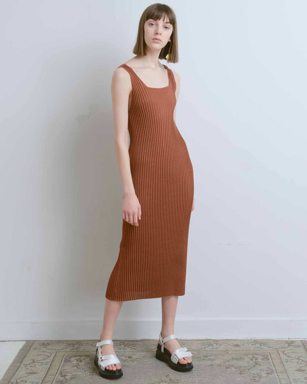 Brown Sleeveless Ribbed Knit Dress