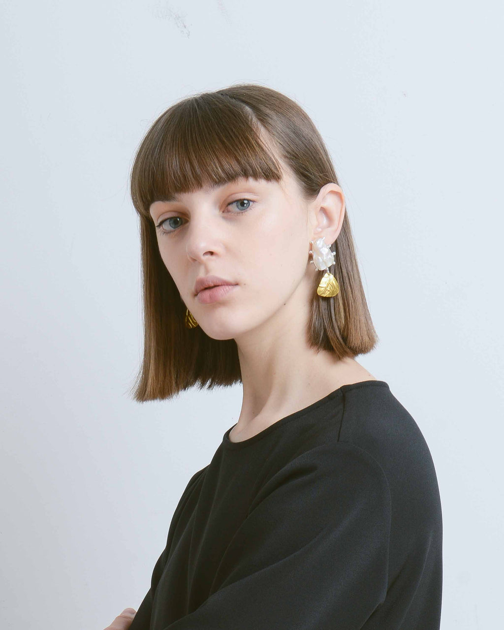 Gold Trigon Earrings with Viva Pearl