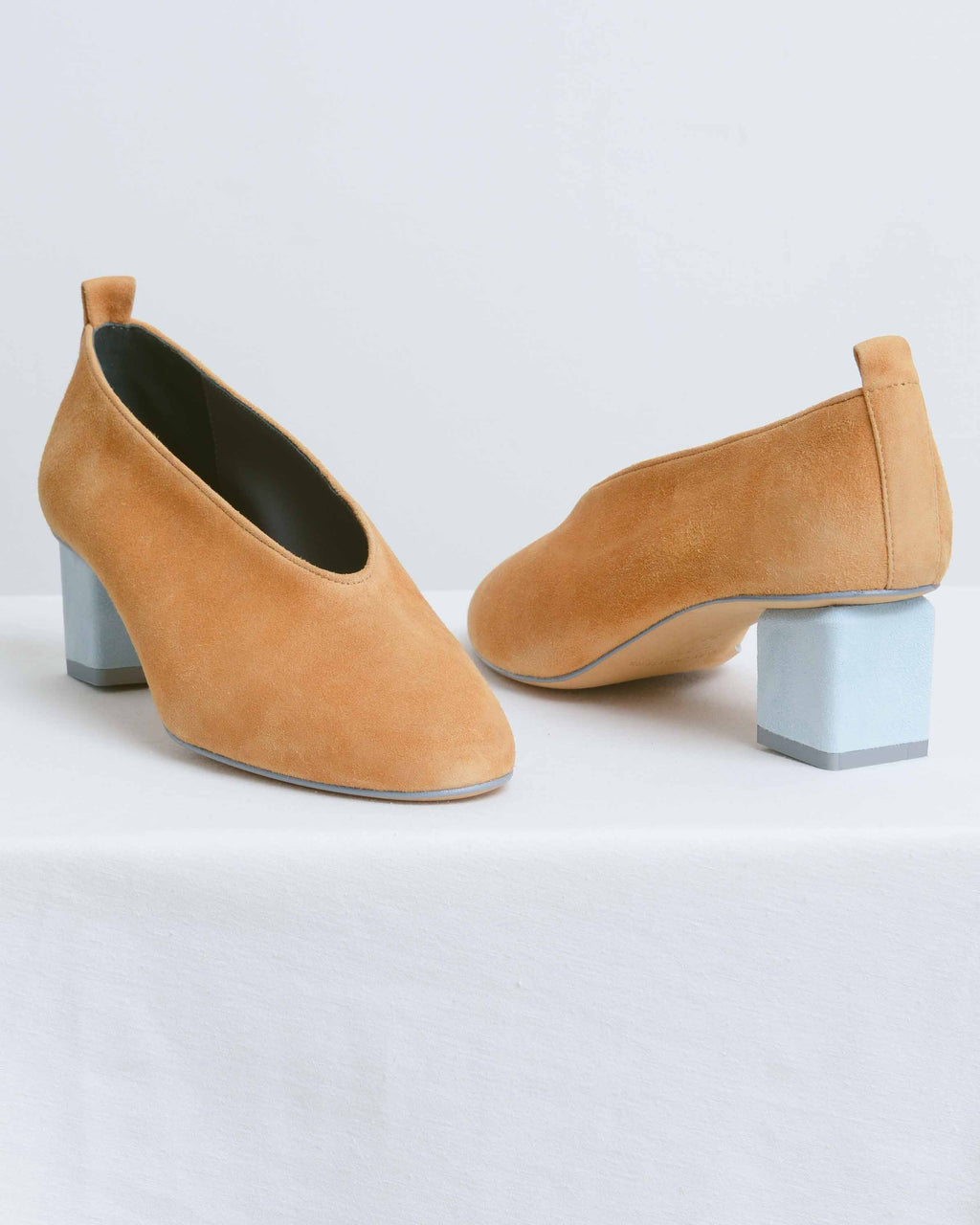 Camello Cielo Mildred Pump