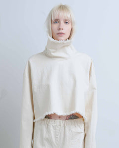 Crop Cream Turtleneck