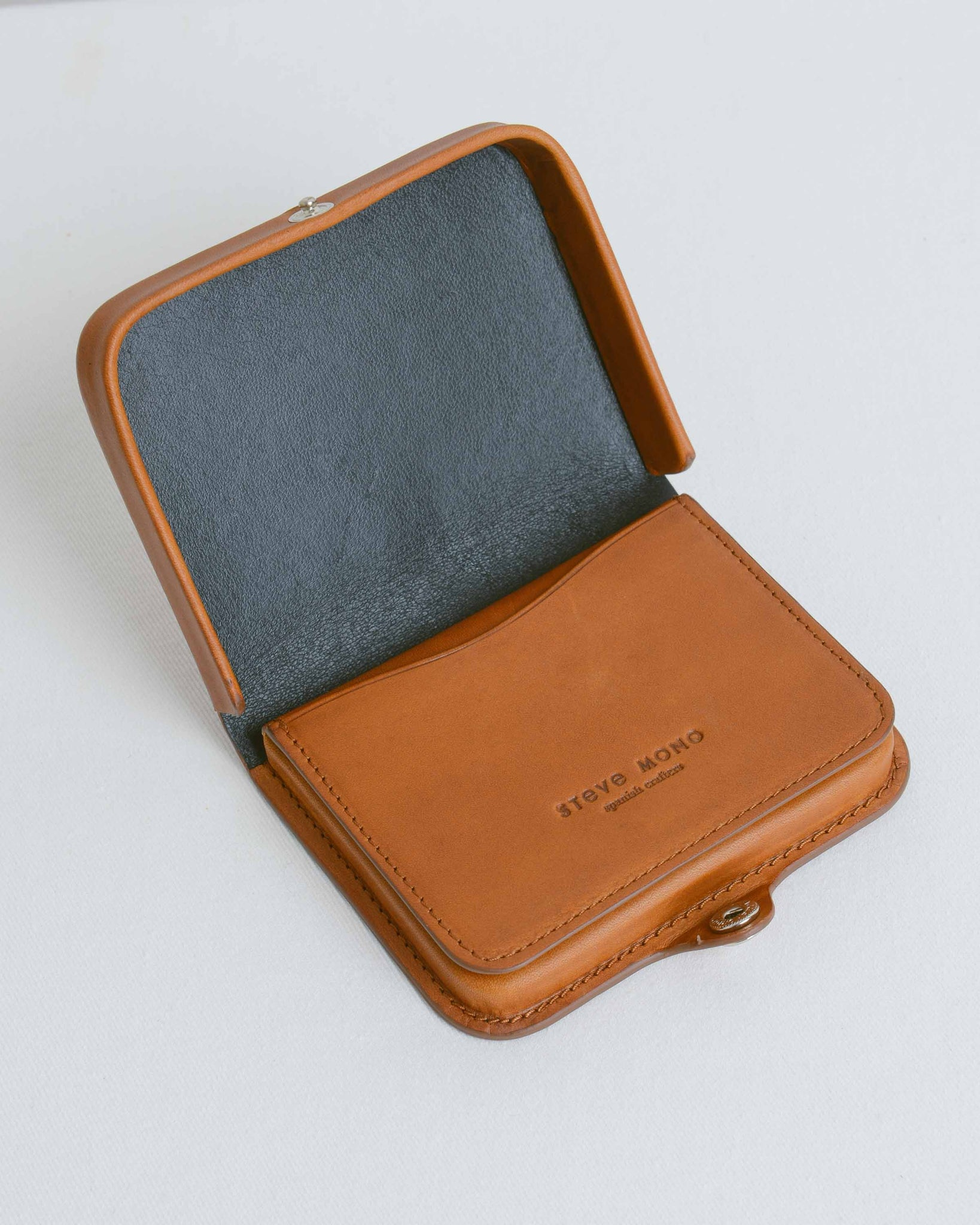 Tobacco Card and Coin Holder