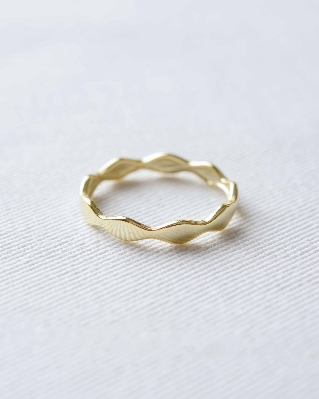 Gold Point Ring