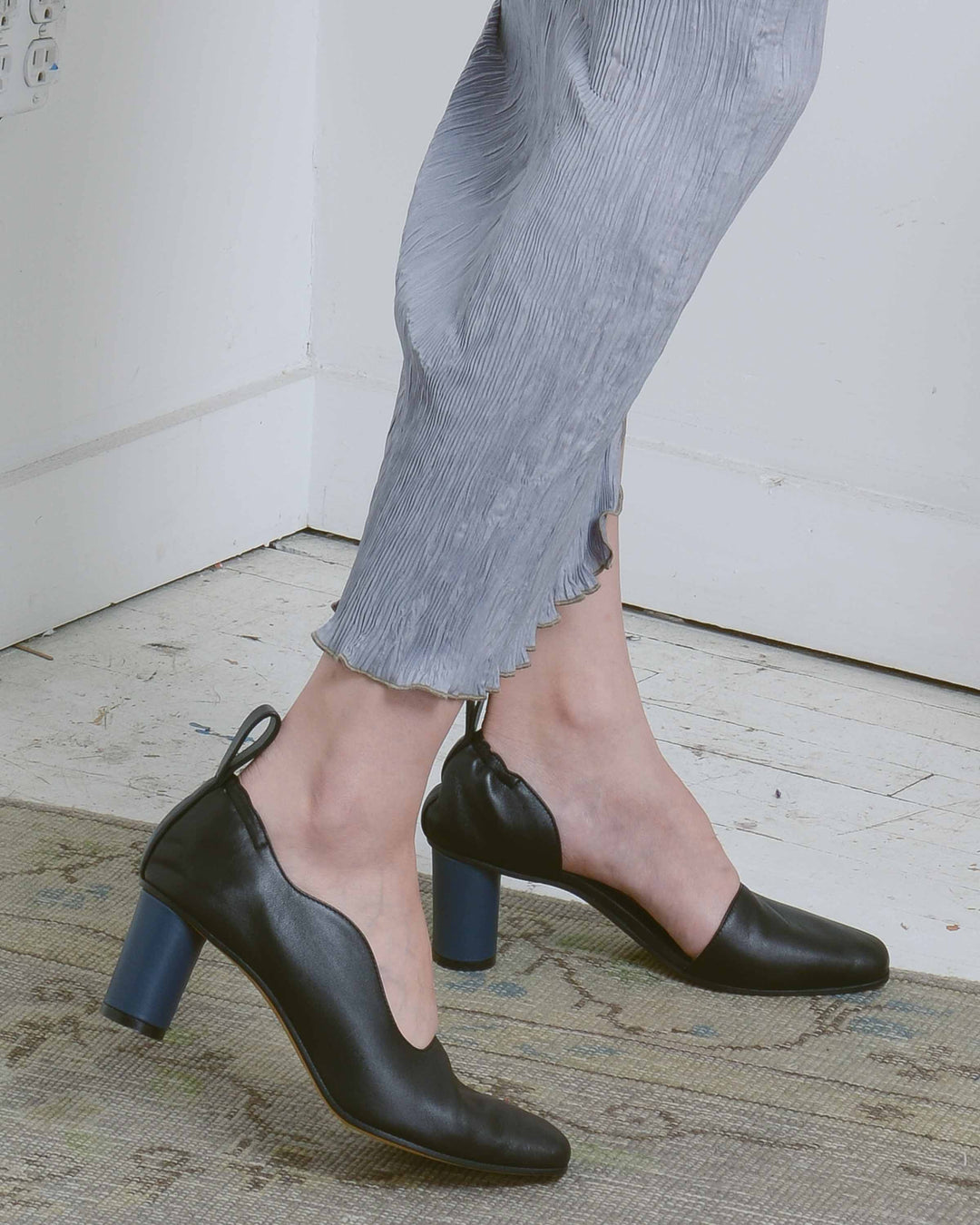 Black & Navy Maeve D'Orsay Pump