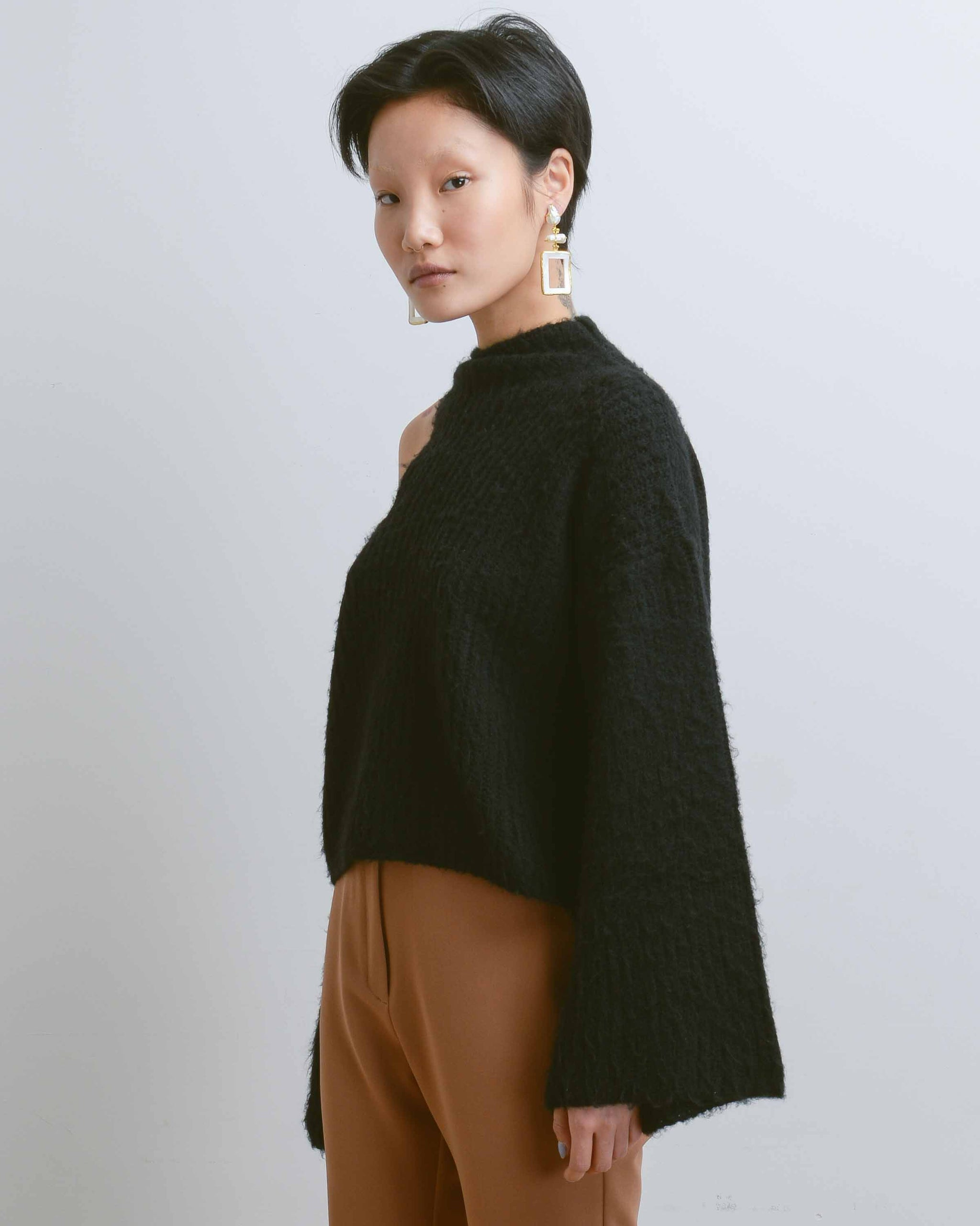 Black Forero Sweater