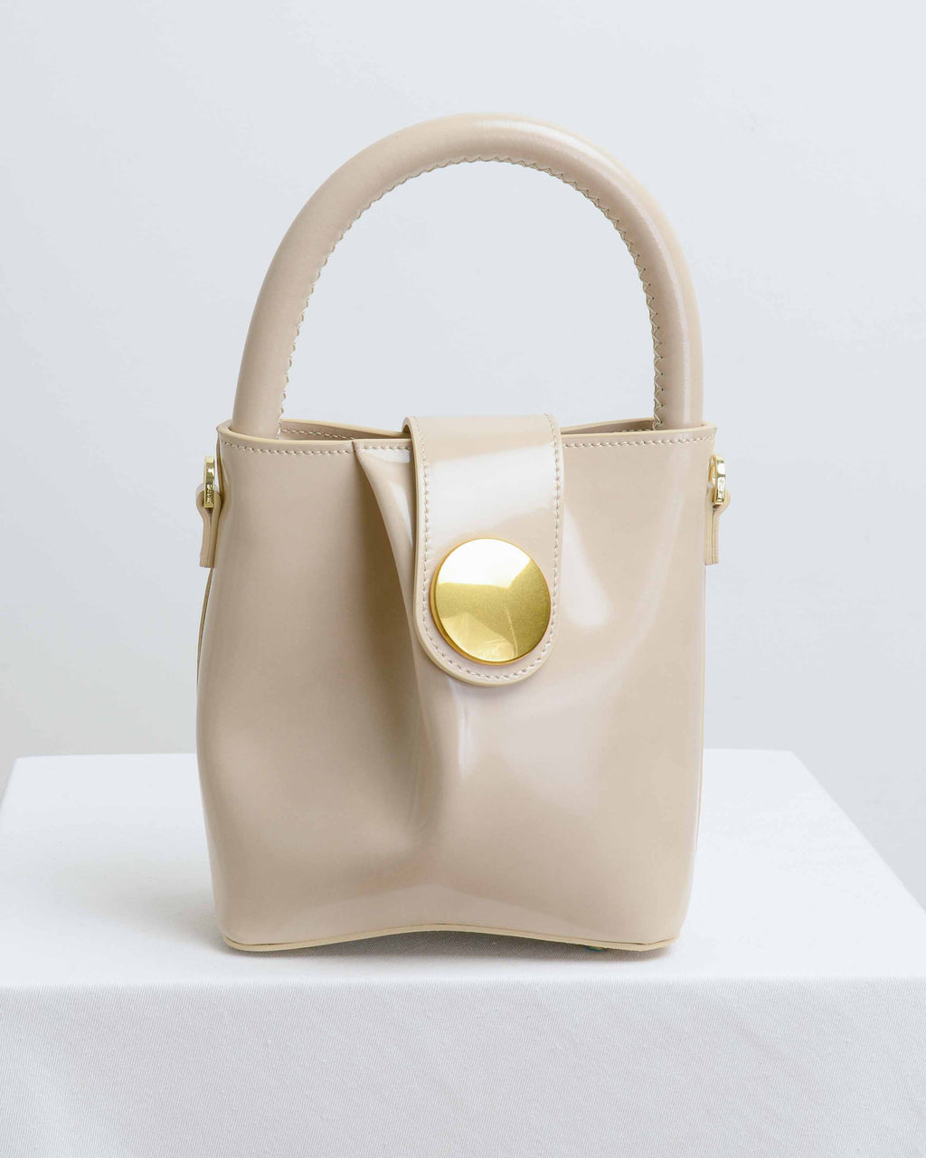 Mirror Beige Leather Small Buck Bag