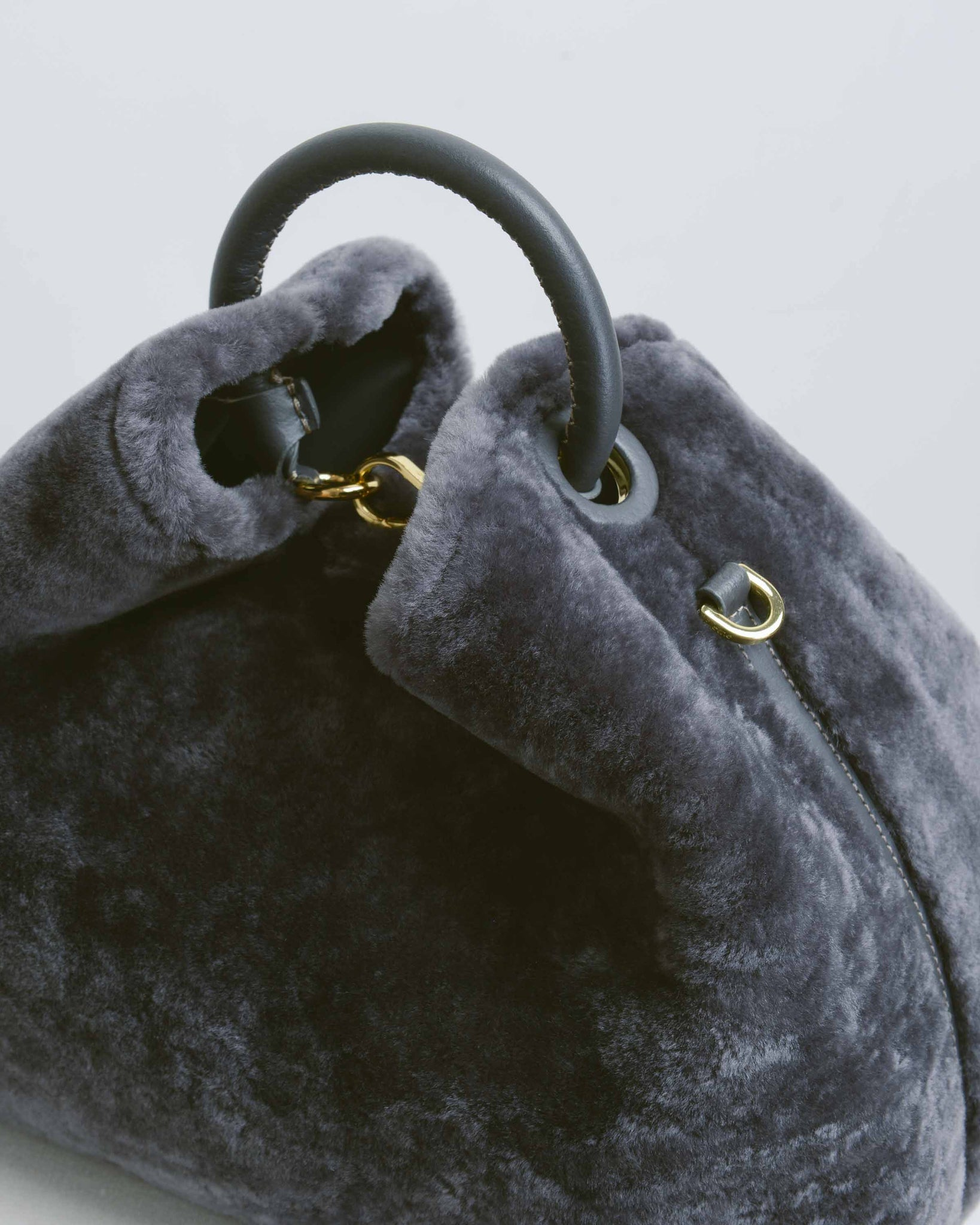 Raisin Shearling Ardesia