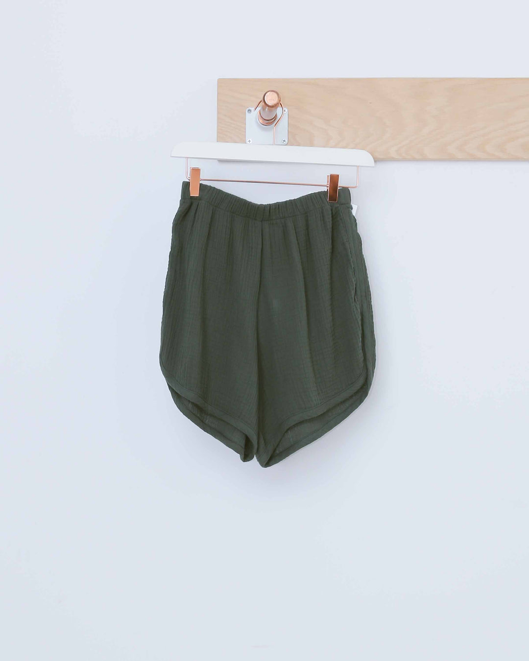 Green Simple Short