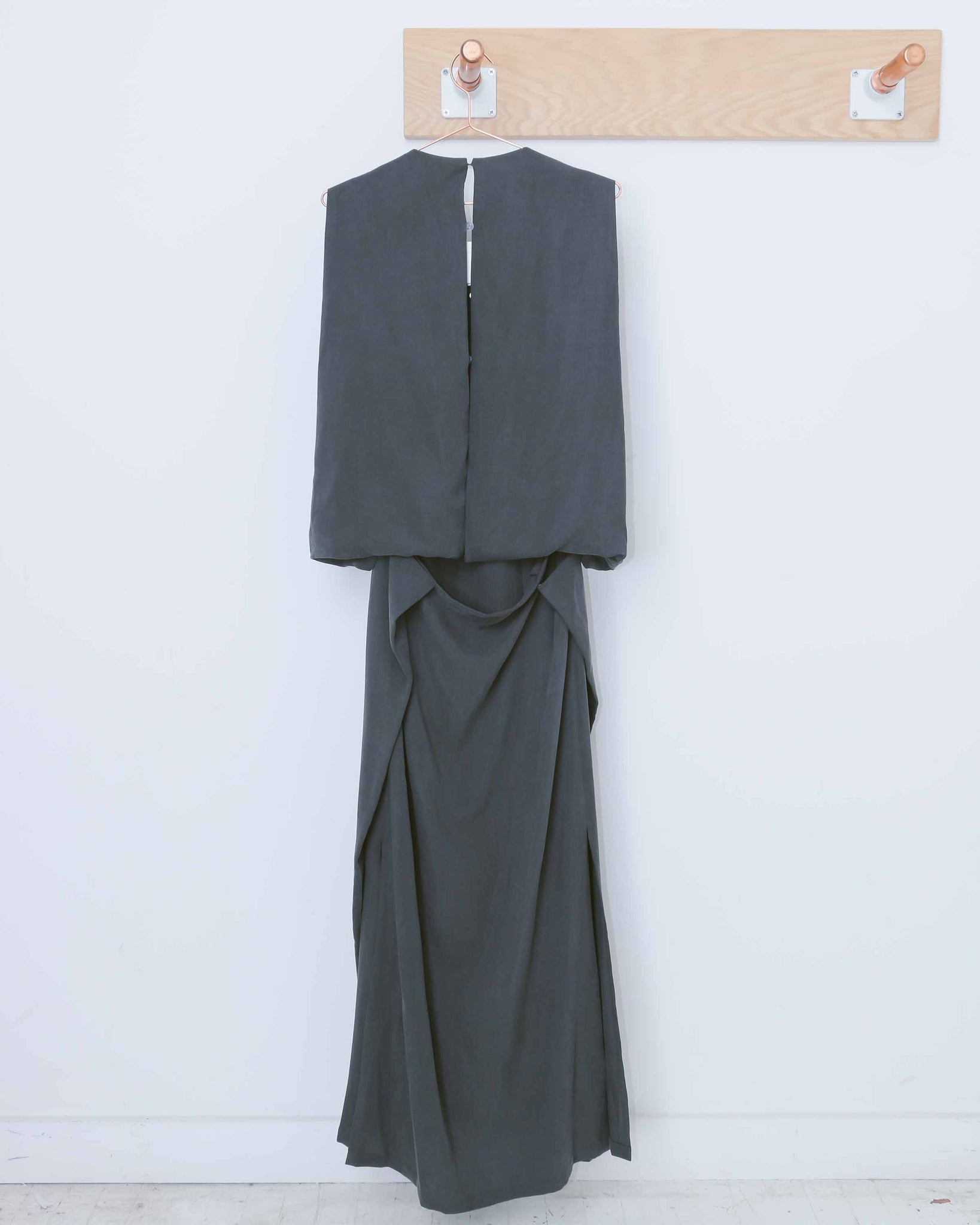 Charcoal Jellyfish Shell Back Long Dress