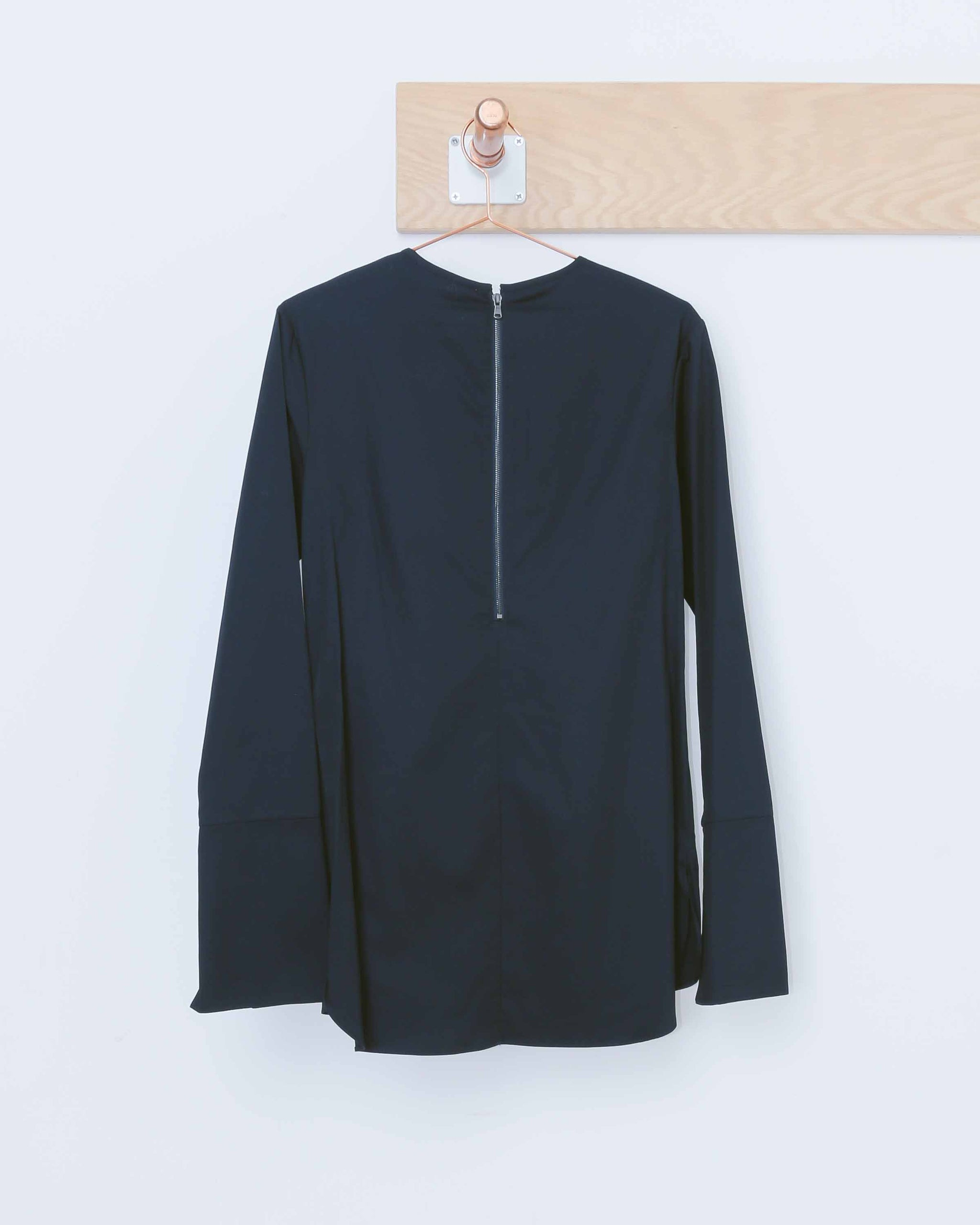 Navy L/S Tunic w/ Grommets SS