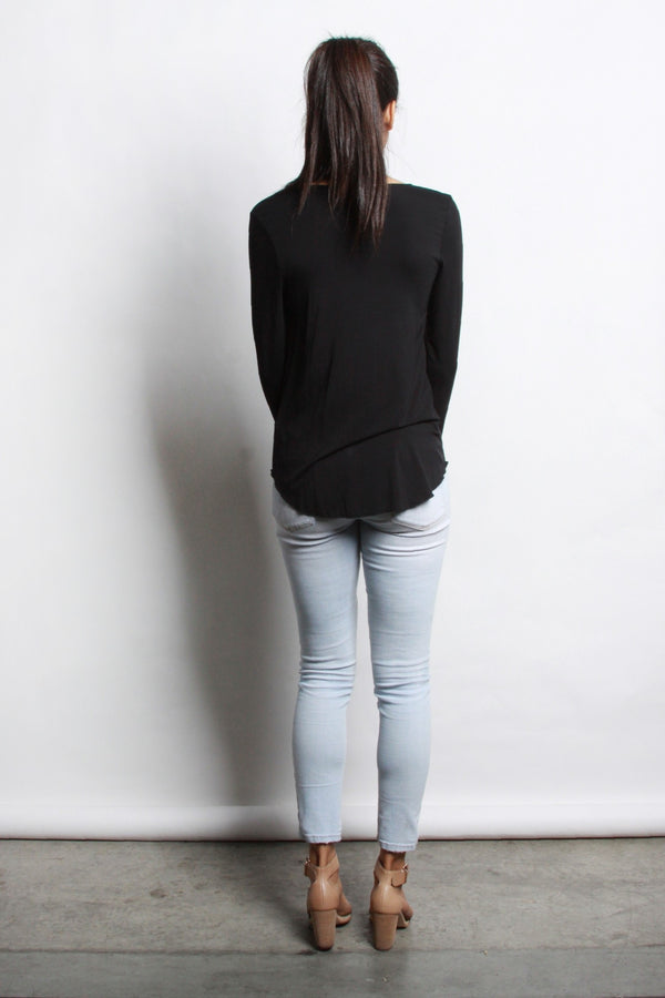 EVERYDAY LONGSLEEVE TOP — black