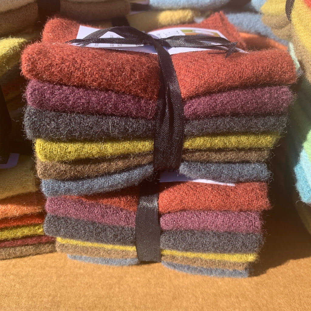 Woven Wool Bundles - Winter