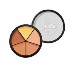 Studio Pro Perfecting Concealer - Light/Medium