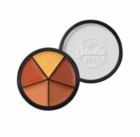 Studio Pro Perfecting Concealer - Medium / Dark