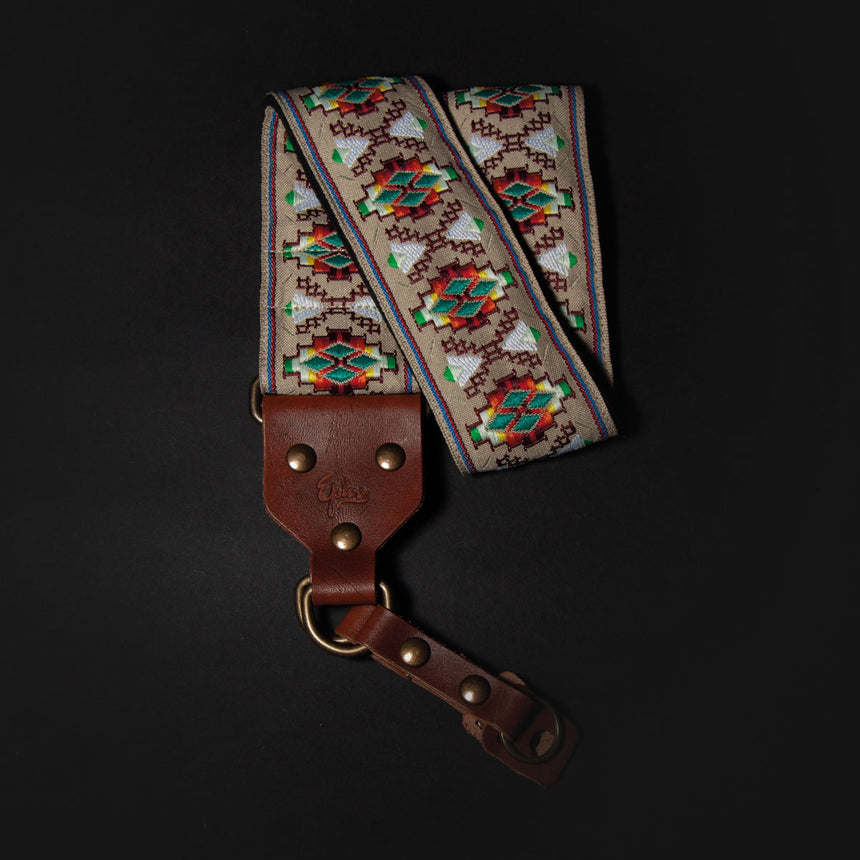 Epivo Cream Aztec Retro Camera Strap