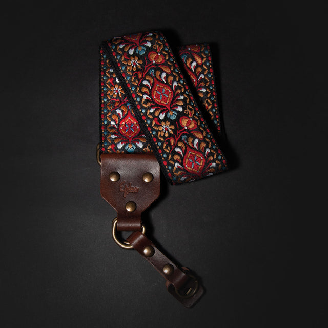 Epivo Dark Peafowl Retro Camera Strap