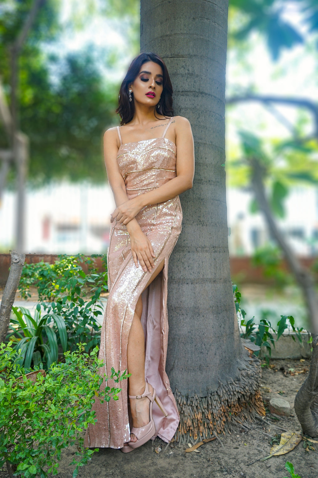 Celebrity dress-Exclusive-glamour-Laxmshriali