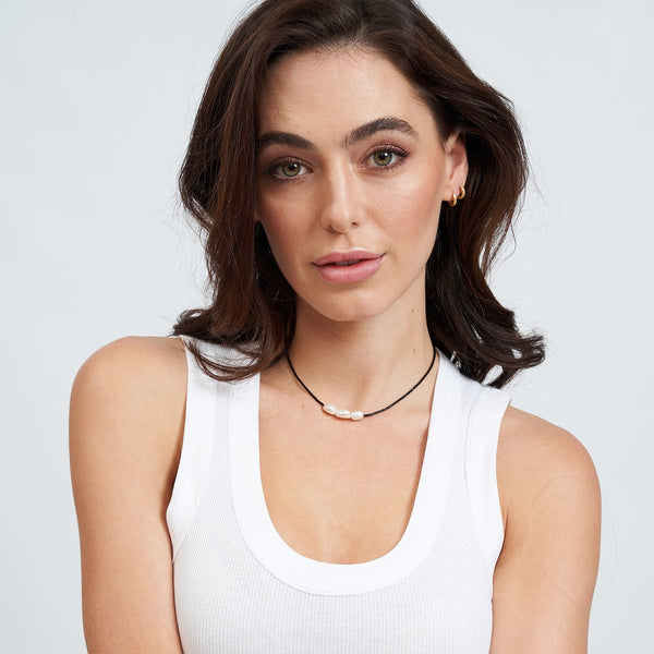 Sage Gold and Pearl Choker - Black