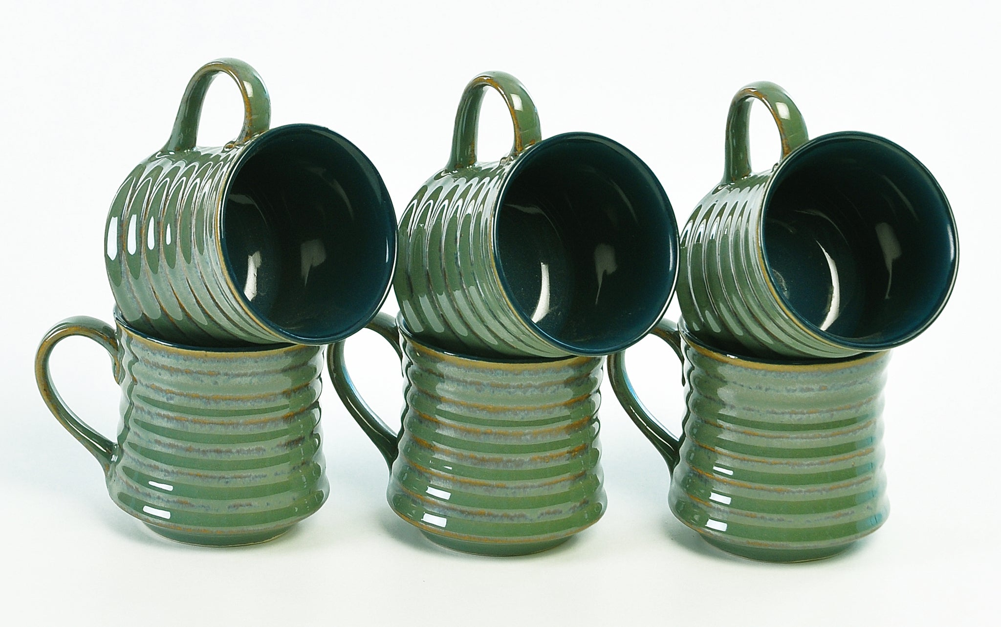 studio-ribbed-tea-mugs-dec5334