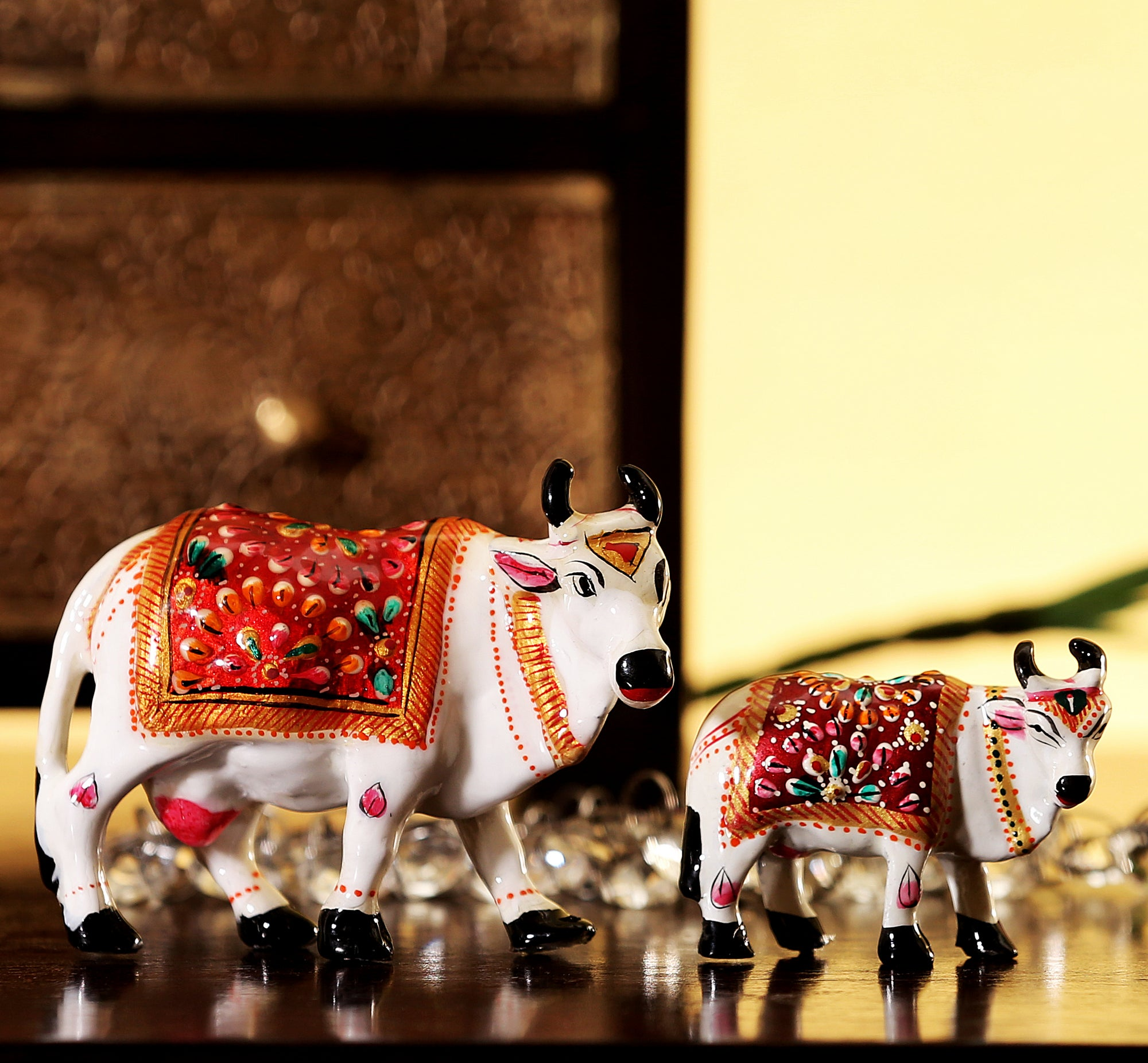 meena-work-metal-cow-calf-set-hdf5769