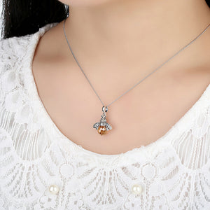 Bee Pendant Necklace 925 Sterling with High Quality  Zirconia