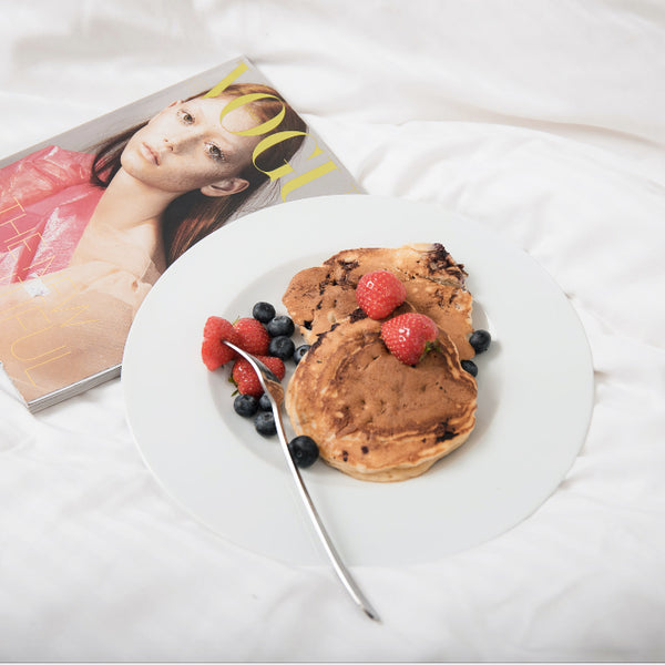 Gluten-free & sugar-free vegan pancakes to start your day like a wonderwoman