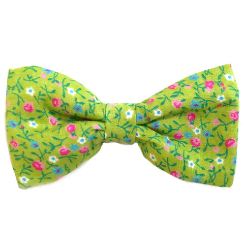 613 Barley's Green Flowers Dog Bow Tie