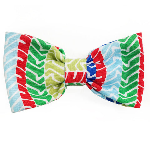 627 Barley's Rainbow Tread Dog Bow Tie